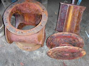 Corrosion damage of the stator and end covers of the vacuum pump